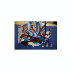 LEGO 6291 Armada Flagship - LEGO Pirates