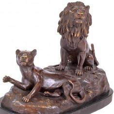 Sculptura, Animale, Bronz, Europa - GRUP DE LEI- STATUETA DIN BRONZ PE SOCLU DIN MARMURA