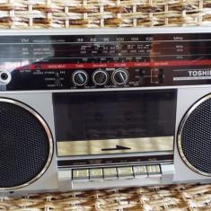 Radio casetofon TOSHIBA RT 6035 - Aparat radio