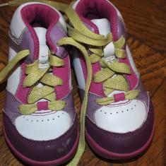 Adidasi piele tip ghetuta Clarks - Adidasi copii Clarks, Marime: 21.5, Culoare: Din imagine, Fete, Piele naturala