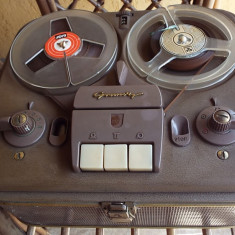 Magnetofon lampi GRUNDIG TK 5