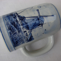Halba din portelan olandez Delft Blue (1)