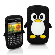 Husa silicon pinguin Blackberry 8520/30/9300 - Husa Telefon Blackberry, Alb, Carcasa