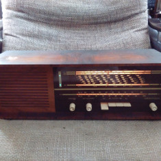 Aparat radio, Analog - Radio cu lampi Simonetta Intimo 5400 (din gama Saba, Grundig, Telefunken).