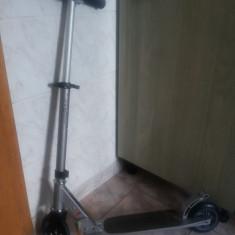 Trotineta -scuter, pentru adulti 'Oxelo