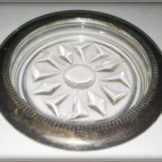 Suport de sticla pentru pahar cu element metalic argintat - Arta din Sticla