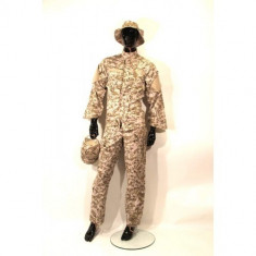 Uniforma militara - Costum camuflaj 4 piese Desert Digital - L [Swiss Arms]