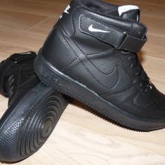Ghete barbati - Adidasi NIKE AIR FORCE ONE