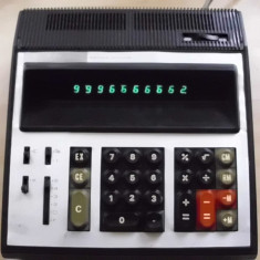 Calculator functional Ice Felix rar vechi cu tuburi nixie - Calculator Birou