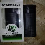 POWER BANK + TRIPLA IESIRE USB  DE 2 A SI 1 A telefon tableta 18000maH 18 amperi