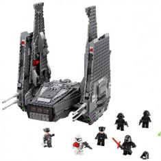 Kylo Ren'S Command Shuttle (75104) - LEGO Star Wars