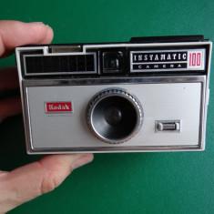Aparato foto decor - Kodak instamatic 100 - Aparat Foto cu Film Kodak