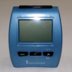 Ceas electronic cu radio control