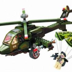 Jocuri Seturi constructie, 4-6 ani, Baiat - Elicopter de Atac joc tip LEGO Armata 275 piese Enlighten Combat Zones 818