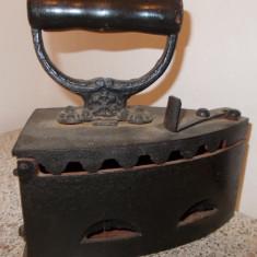 Metal/Fonta - FIER DE CALCAT PE CARBUNI-DEOSEBIT