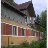 Vând 2 case și anexe - Casa de vanzare