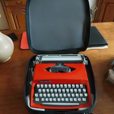 Masina de scris superba portabila