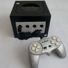 Consola Nintendo Game Cube + maneta compatibila jocuri TV GameCube