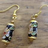 Cercei baze aurii cu cilindru cloisonne negru