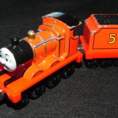 TAKE-n-Play cu magnet - Thomas and Friends trenulet jucarie - locomotiva JAMES - Trenulet de jucarie, Metal, Unisex