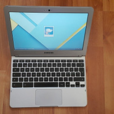 Laptop Samsung Chrome model XE303C12