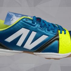 Ghete fotbal, Barbati, Sala, Teren sintetic - Adidasi fotbal in sala si teren sintetic