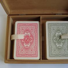 Carti de joc + caseta - Carti poker
