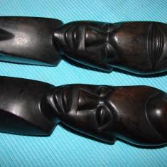 Arta din Africa - Doua statuete din lemn de abanos, arta africana (1)