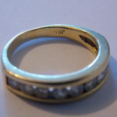 Inel aur 18k cu 10 diamante