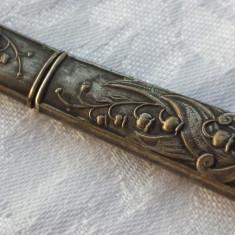 Cutie art nouveau pentru ace de cusut Piesa de colectie executata manual - Argint