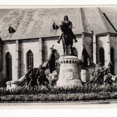CLUJ NAPOCA STATUIA REGELUI MATEI CORVIN MATYAS KIRALY SZOBOR KOLOZSVAR - Carte Postala Transilvania dupa 1918, Necirculata, Fotografie