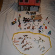 Playmobil - casa medievala cu accesorii si caruta