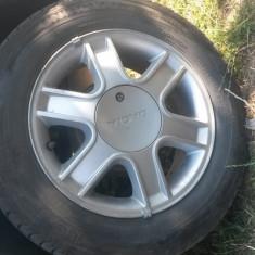 Roti Logan (Janta aliaj Dacia cu antifurt si prezoane + cauciuc iarna 185/65/R15), Numar prezoane: 4, PCD: 110