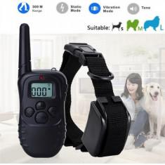 Zgarda pentru dresaj canin cu telecomanda: raza actiune 300 metri