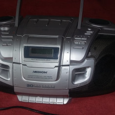 CD PLAYER /RADIO /CASETOFON - MEDION, MODEL MD4759