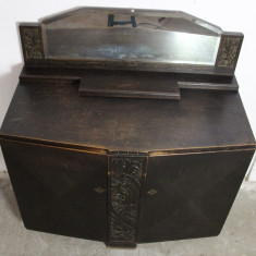 Comoda vintage/antica, lemn masiv sculptat manual; Bufet; Dulap; Comoda - Mobilier, Comode si bufete, Art Deco, 1900 - 1949