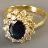 Inel aur cu diamante si safir
