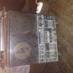 Magnetofon Tesla b115