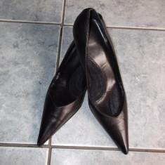 PANTOFI DAMA ZARA, PIELE NATURALA. TOC MIC, MARIME 36. NEGRI - Pantof dama, Culoare: Negru