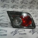 Stop stg pe Hayon Mazda 6 Berlina an 2003-2007 cod OEM 226-61980 Ciobit pe sticla