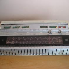 Amplificator audio - Vintage Grundig RTV 1020 Quadro(cu defect)