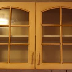 Bucatarie standard - 2 Buc. Corp suspendat cu geamuri; Dulap; Dulapior perete