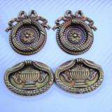 TRAGATOARE BAROC PENTRU SERTARE SAU USI DE DULAP - Metal/Fonta, Ornamentale