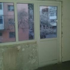 Fereastra - 2 geamuri si usa din termopan, Gealan