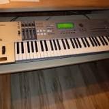 Orga Yamaha Motif ES6