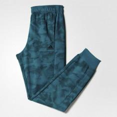 PANTALONI ADIDAS PAPERPRINT COD AJ6283 - Pantaloni barbati Adidas, Marime: XL, Culoare: Verde