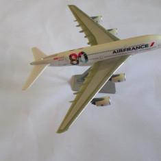 MACHETA FRANCEZA AIRBUS A 380- 800 AIRFRANCE 80 ANS/YEARS, SOCATEC SCARA1:250 - Macheta Aeromodel Alta, 1:220