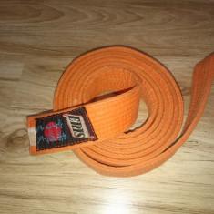 Centura portocalie karate