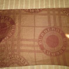 Esarfa maro mare Burberry+CADOU - Esarfa, Sal Dama, Culoare: Din imagine, Marime: Marime universala