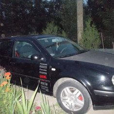 Automobil Volkswagen Golf 4, An Fabricatie: 2000, Benzina, 225000 km, 1600 cmc